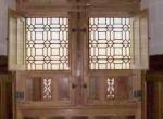 vitraux géométriques pour manoir et châteaux.