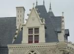 Lucarnes du château de Villevêque